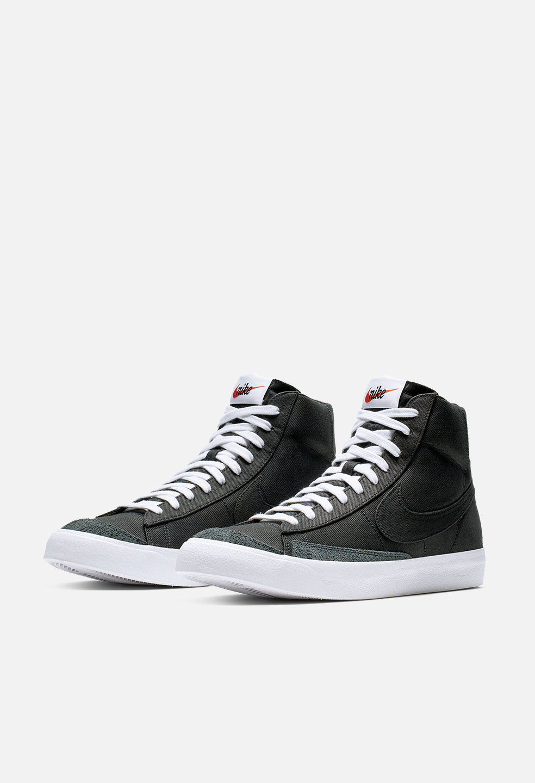 Nike Blazer Mid '77 Vintage / Black